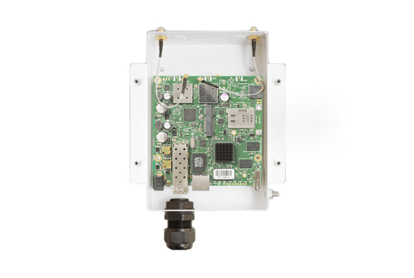 UBTik 5GHz 802.11ac HP MiMO MikroTik Access Point for Ubiquiti Antennas